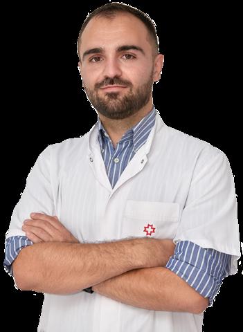Alex Agăpescu, medic specialist în medicină internă