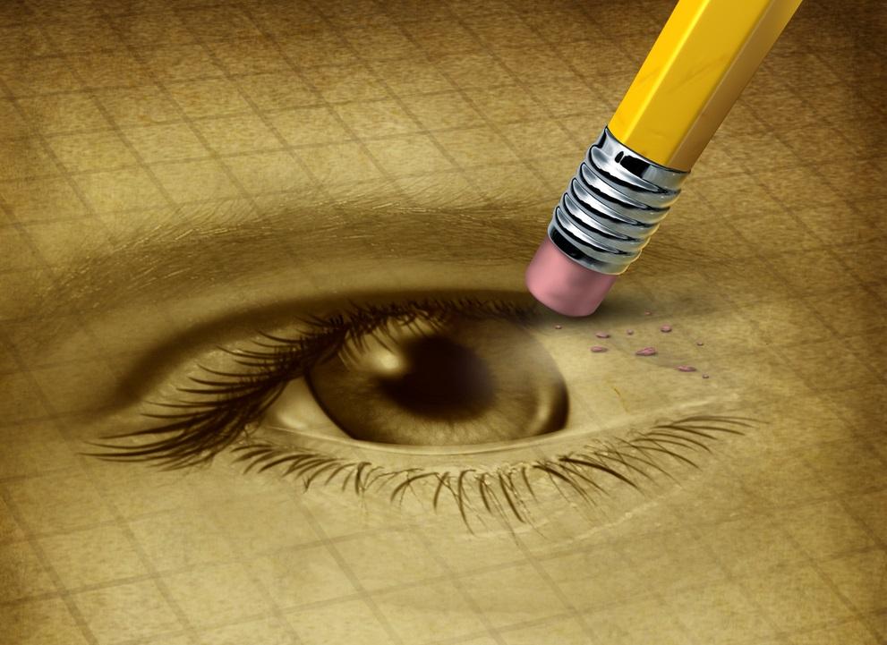 de fiecare dată când mergi la oftalmolog, anunță medicul în legătură cu tratamentul pe care îl urmezi pentru orice altă boală