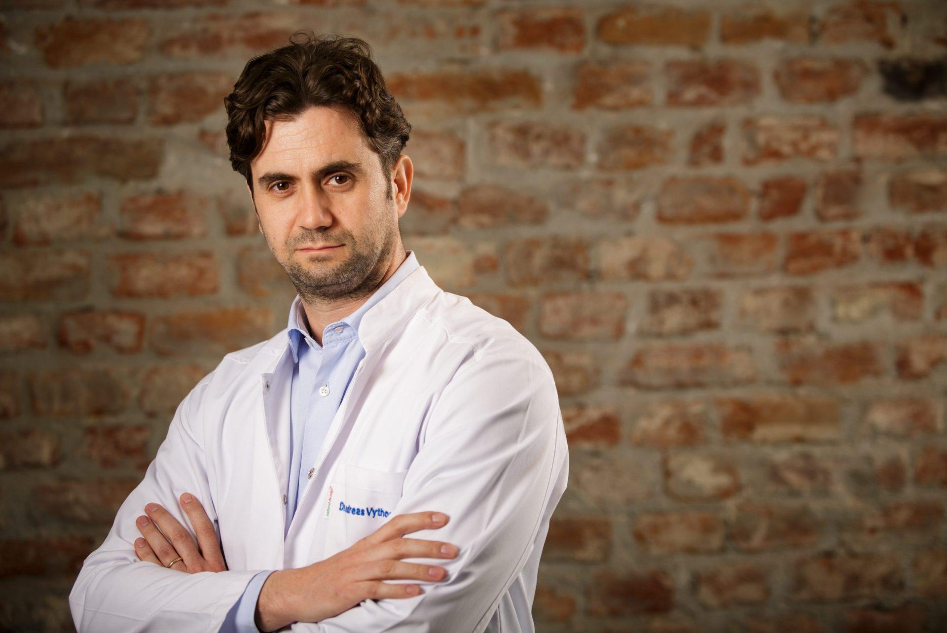 dr. Andreas Vythoulkas