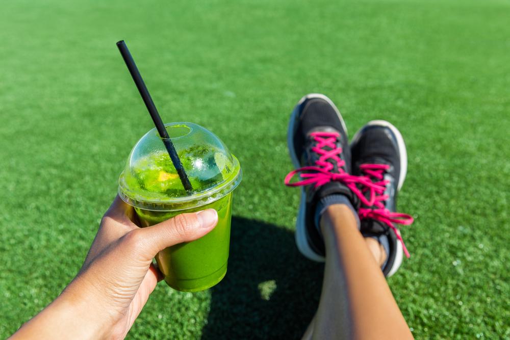 Alimentele vegetale sunt pline de antioxidanți, vitamine și minerale care îmbunătățesc fluxul sangvin și activitatea inimii